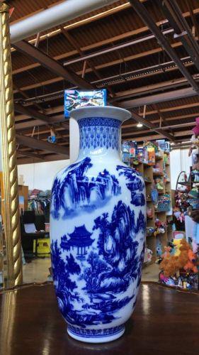 Chinese blue and white Vase republic of China