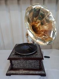 Detailed gramaphone