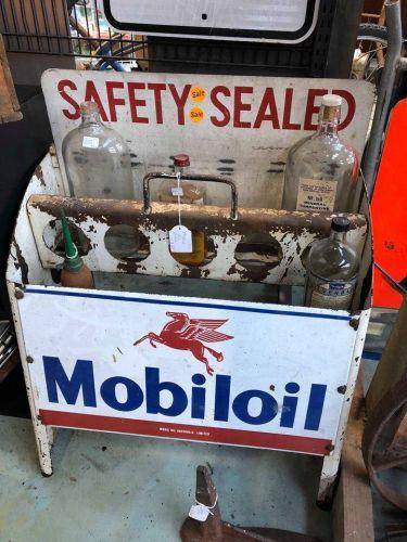 Mobil oil rack